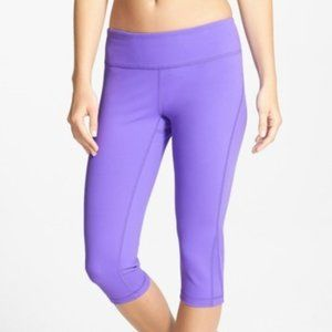 Zella Purple Live In Capri Workout Leggings Sz Lg